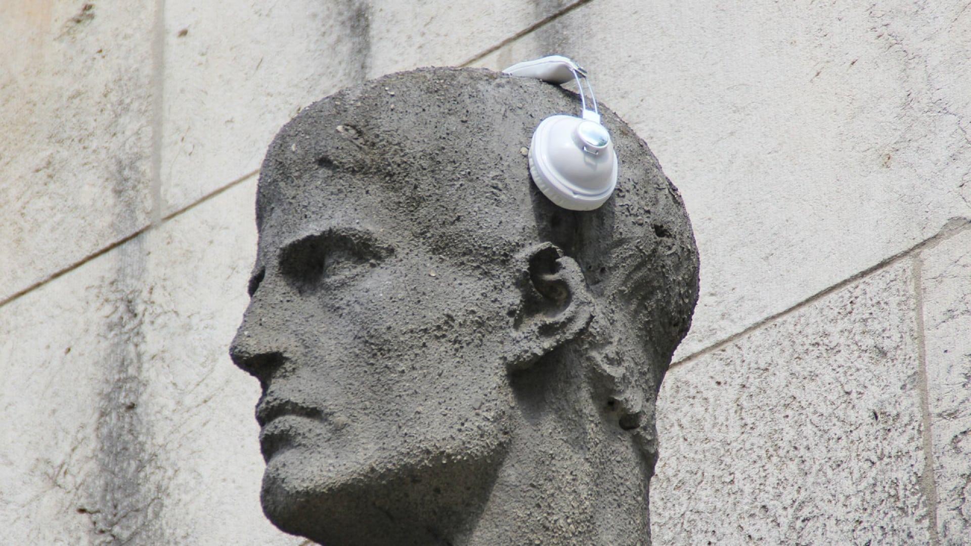 Bien choisir son aide auditive